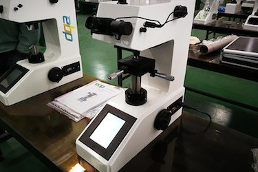 Digital hardness tester for checking hardness of CNC machining materials